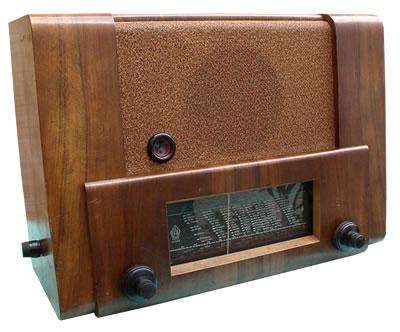 PAN RADIO 940