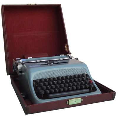 Pisaća mašina Studio 44