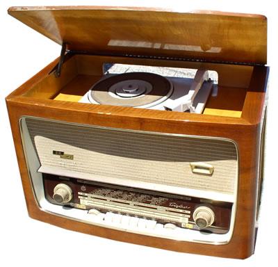 Radio Iskra Triglav 62a 3d ukv tip: ra 88