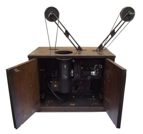 Kino-projektor Victor, model 21 / 16 mm