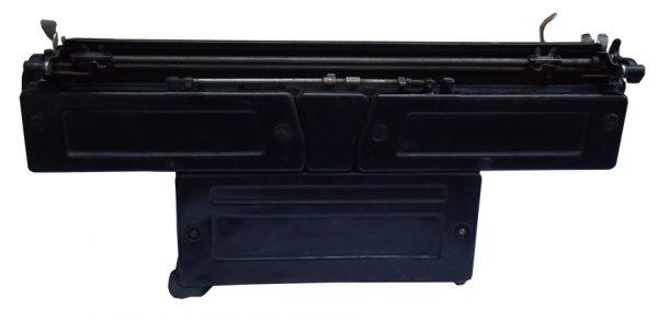 Pisaća Olivetti M-40 II