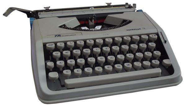 Pisaća mašina Contessa 3